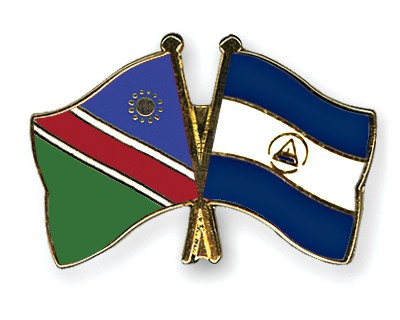 Crossed Flag Pins Namibia-Nicaragua