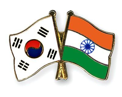 Crossed Flag Pins South-Korea-India