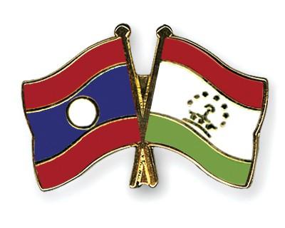 Crossed Flag Pins Laos-Tajikistan