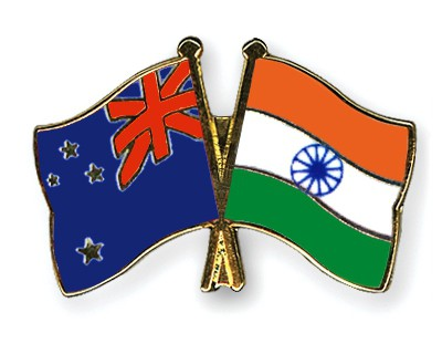 Crossed Flag Pins New-Zealand-India