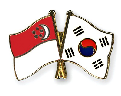 Crossed Flag Pins Singapore-South-Korea