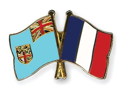 Crossed Flag Pins Fiji-France