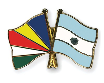 Crossed Flag Pins Seychelles-Argentina