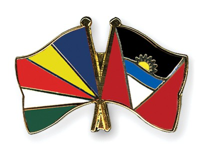 Crossed Flag Pins Seychelles-Antigua-and-Barbuda