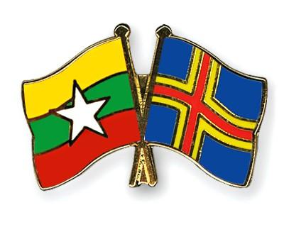 Crossed Flag Pins Myanmar-Aland