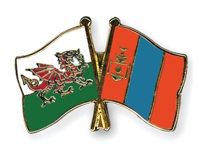 Crossed Flag Pins Wales-Mongolia