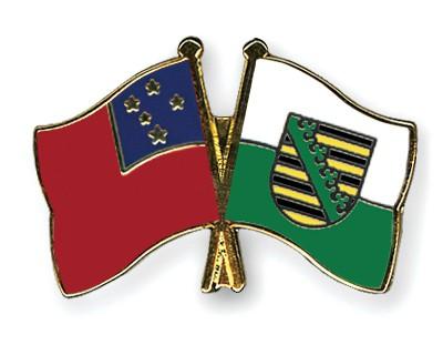 Crossed Flag Pins Samoa-Saxony