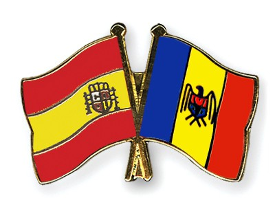Crossed Flag Pins Spain-Moldova