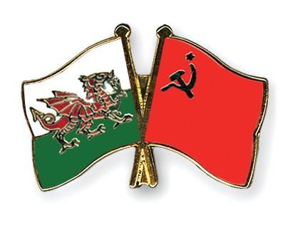 Crossed Flag Pins Wales-USSR