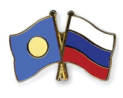Crossed Flag Pins Palau-Russia