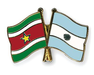Crossed Flag Pins Suriname-Argentina