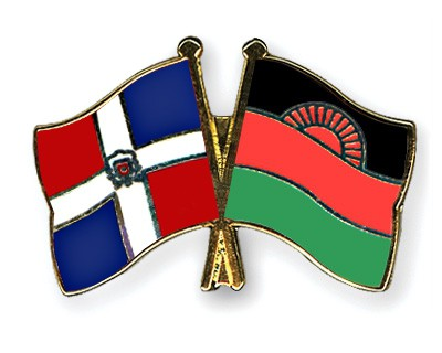 Crossed Flag Pins Dominican-Republic-Malawi