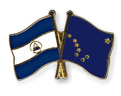 Crossed Flag Pins Nicaragua-Alaska