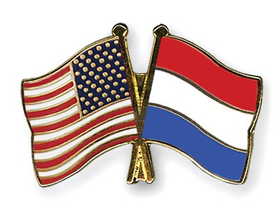 Crossed Flag Pins USA-Netherlands