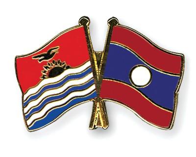 Crossed Flag Pins Kiribati-Laos