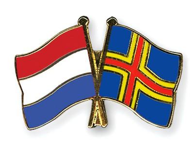 Crossed Flag Pins Netherlands-Aland