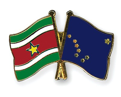 Crossed Flag Pins Suriname-Alaska