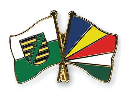 Crossed Flag Pins Saxony-Seychelles