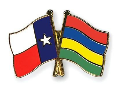 Crossed Flag Pins Texas-Mauritius