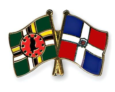 Crossed Flag Pins Dominica-Dominican-Republic