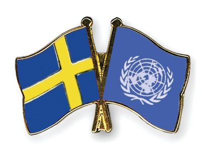 Crossed Flag Pins Sweden-UNO