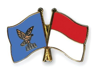 Crossed Flag Pins Friuli-Venezia-Giulia-Monaco