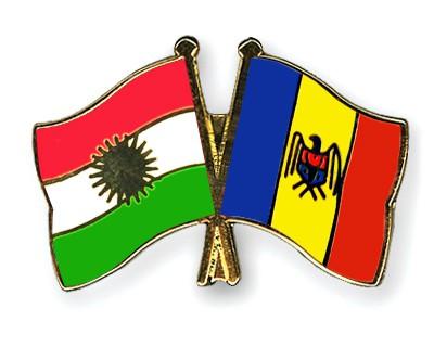 Crossed Flag Pins Kurdistan-Moldova