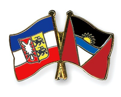 Crossed Flag Pins Schleswig-Holstein-Antigua-and-Barbuda