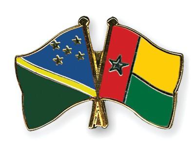 Crossed Flag Pins Solomon-Islands-Guinea-Bissau