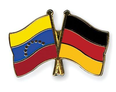Crossed Flag Pins Venezuela-Germany