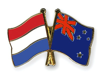 Crossed Flag Pins Netherlands-New-Zealand