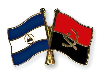 Crossed Flag Pins Nicaragua-Angola