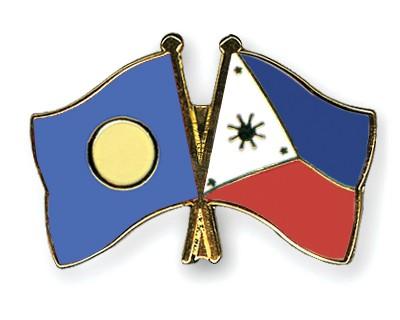 Crossed Flag Pins Palau-Philippines
