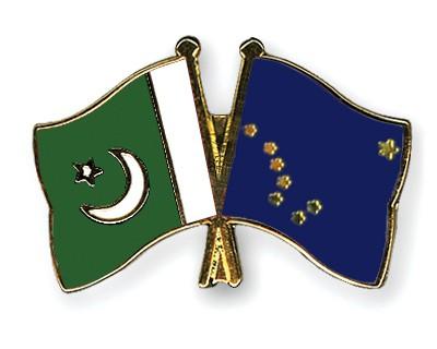 Crossed Flag Pins Pakistan-Alaska