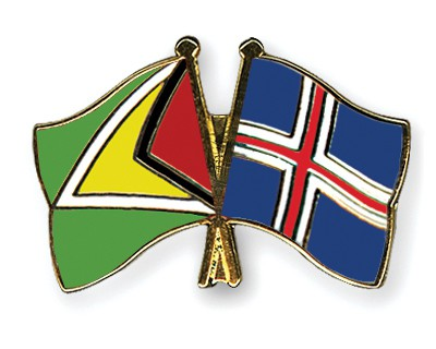 Crossed Flag Pins Guyana-Iceland