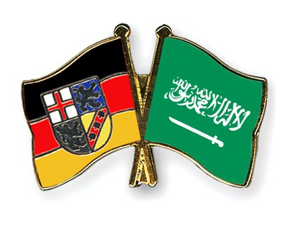 Crossed Flag Pins Saarland-Saudi-Arabia