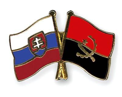 Crossed Flag Pins Slovakia-Angola