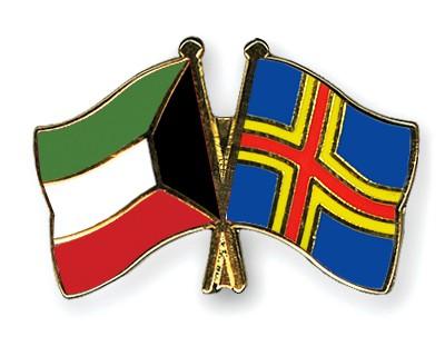 Crossed Flag Pins Kuwait-Aland