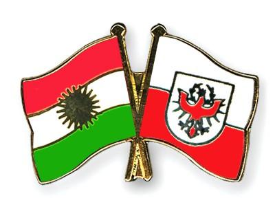Crossed Flag Pins Kurdistan-Tyrol