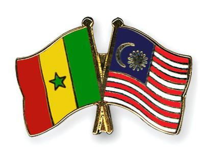 Crossed Flag Pins Senegal-Malaysia