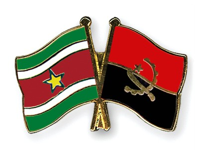 Crossed Flag Pins Suriname-Angola