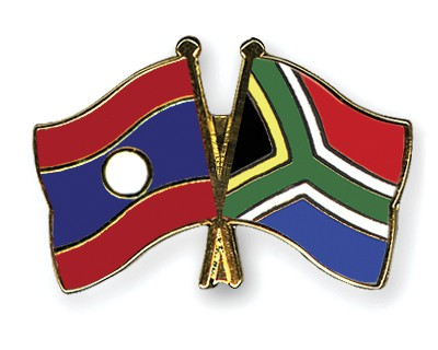 Crossed Flag Pins Laos-South-Africa