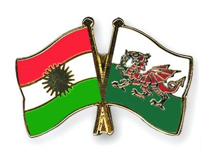 Crossed Flag Pins Kurdistan-Wales