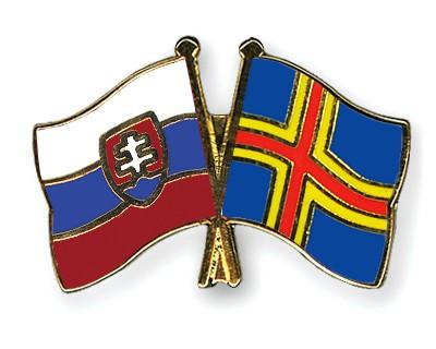 Crossed Flag Pins Slovakia-Aland