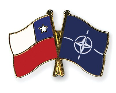 Crossed Flag Pins Chile-NATO