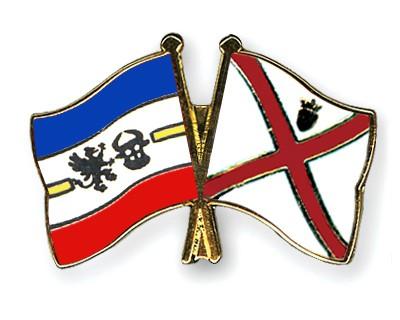 Crossed Flag Pins Mecklenburg-Western-Pomerania-Jersey