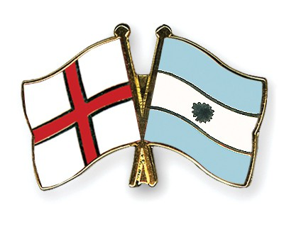 Crossed Flag Pins England-Argentina