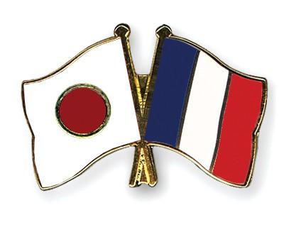 Crossed Flag Pins Japan-France
