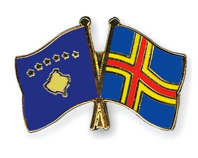 Crossed Flag Pins Kosovo-Aland