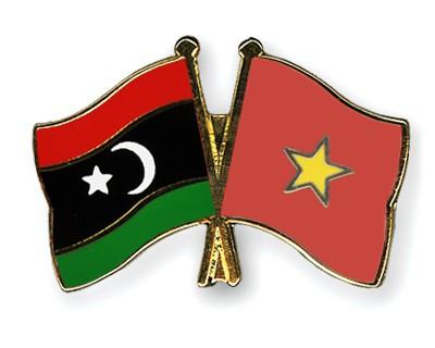 Crossed Flag Pins Libya-Vietnam